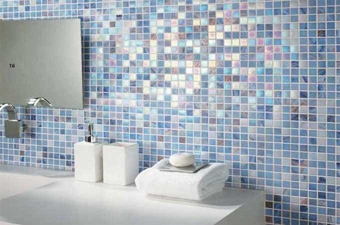 Mosaique en pate de verre teinte