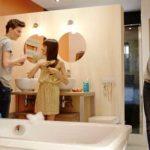 Pensez une salle de bain pour toute la famille
